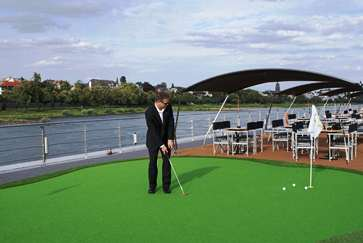 Tauck ms Treasures putting green