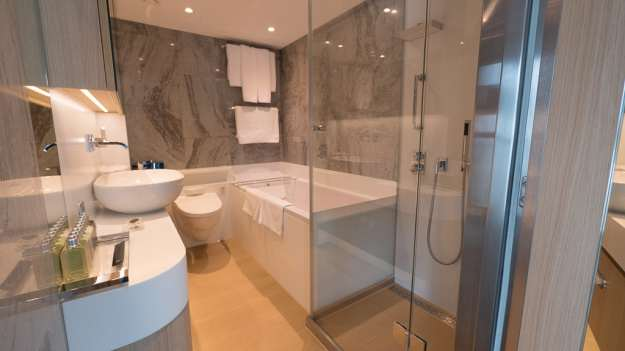 Shower and tub in Royal Panorama Suite 337. © 2015 Ralph Grizzle