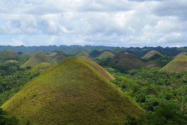 Chocolate Hills - Flickr photo by Shankar S.