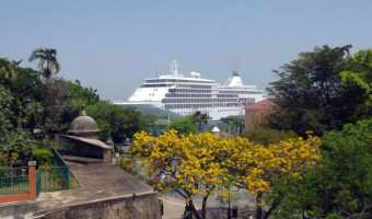 Grand Voyage vs World Cruise – Is there a difference?