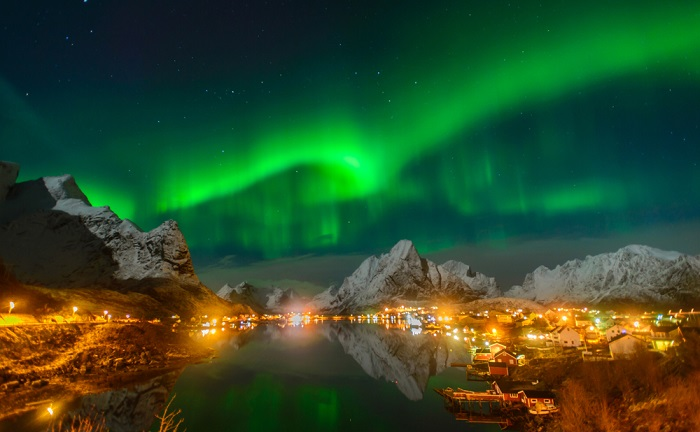 See the Northern Lights on an Arctic Circle Cruise