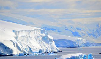 2017 Grand South America Voyage: Antarctica Cruising