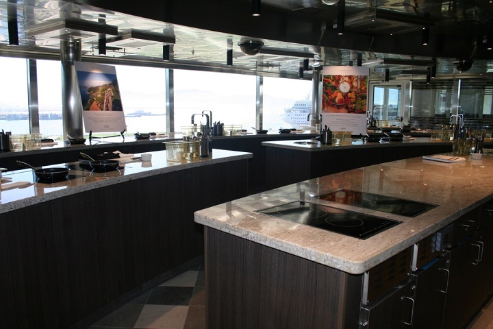 cooking classroom on cruise ship