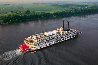 American Queen on the Mississippi